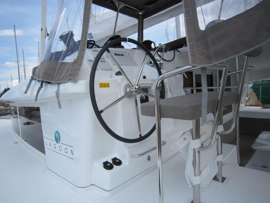 Lagoon 400 S2 - 4 + 2 cab. (Emerald Seas)  - 8