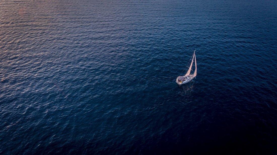 Oceanis 38.1 (Femi Pearl)  - 2