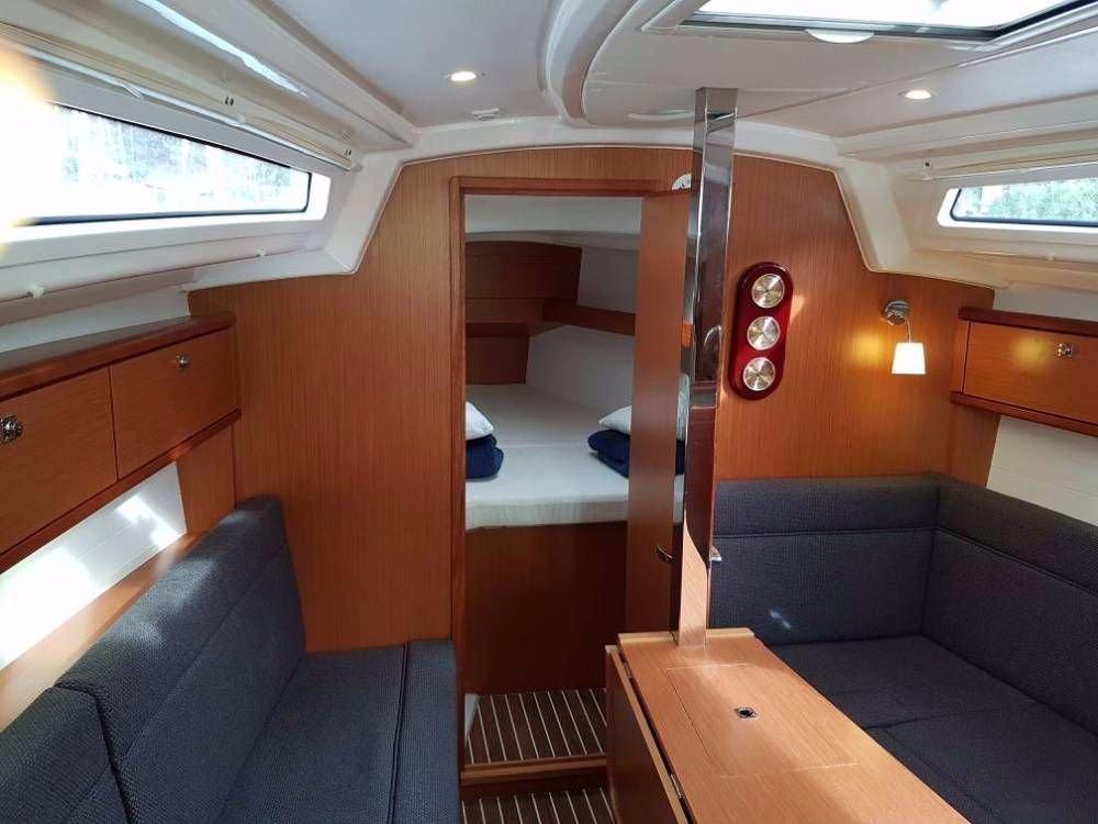 Bavaria Cruiser 33 (Nemo 1)  - 12
