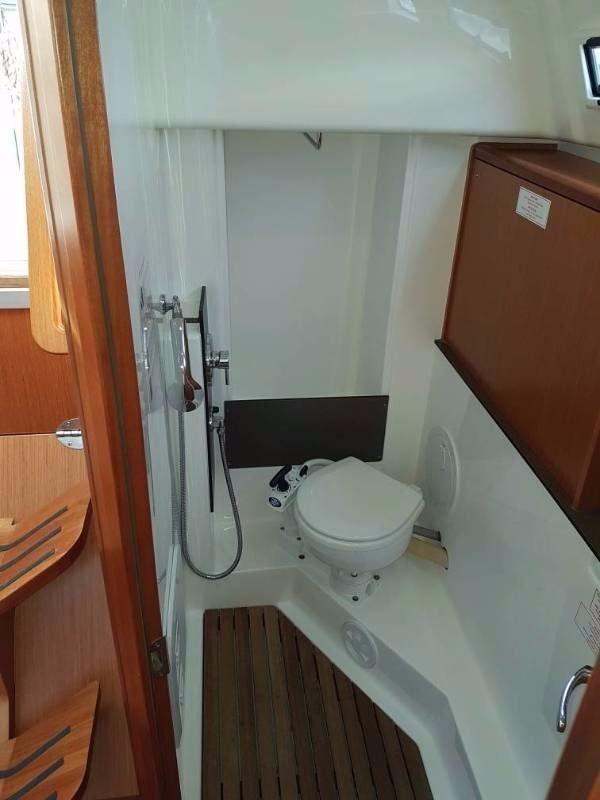 Bavaria Cruiser 33 (Nemo 1)  - 18