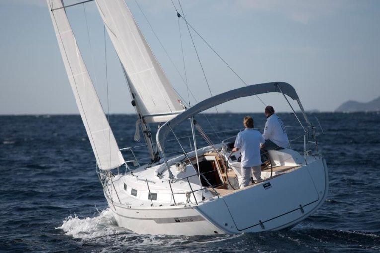 Bavaria Cruiser 32 (Sax)  - 3