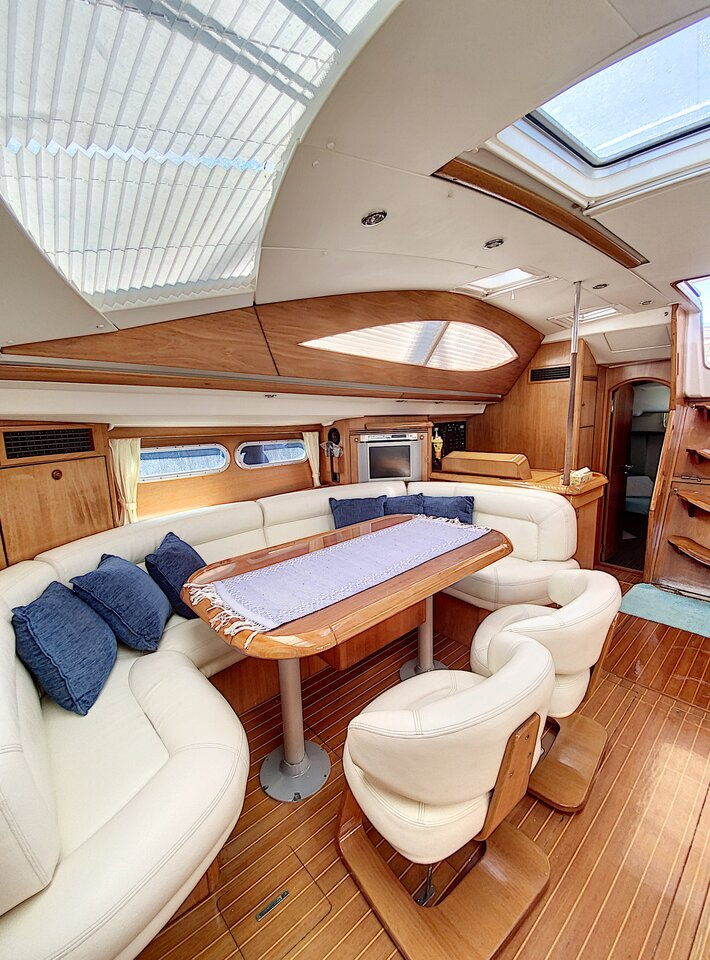 Sun Odyssey 54 DS (Henk - rebuilted 2010 and 2016)  - 18