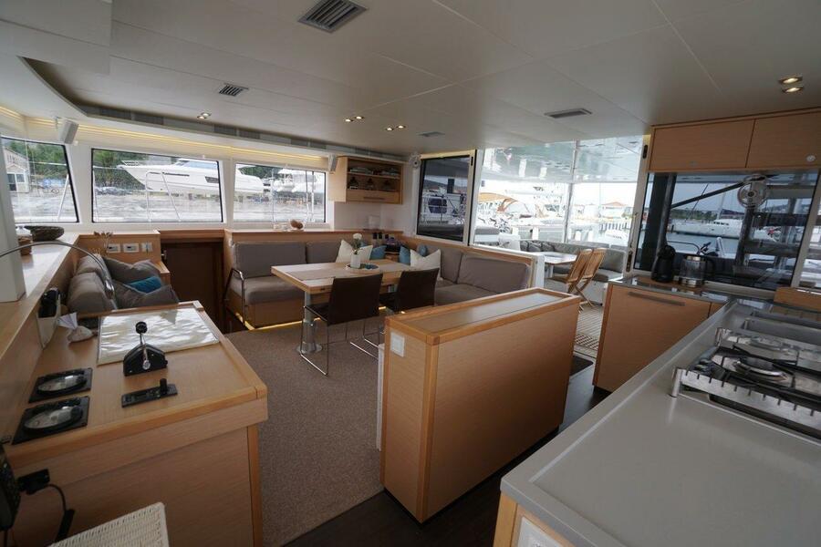 Lagoon 560 S2 - 5 cab. (Grande Dame (Crewed))  - 12