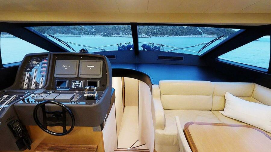 Ferretti Yachts 630 (AMY 3+1 cab.)  - 10