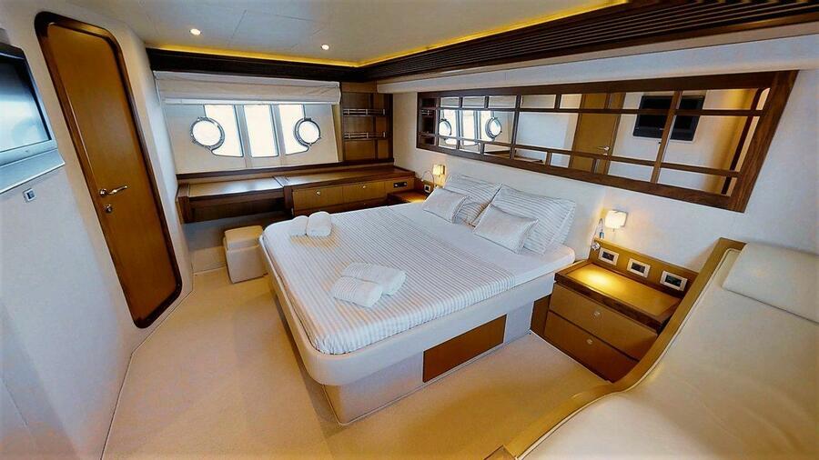 Ferretti Yachts 630 (AMY 3+1 cab.)  - 17