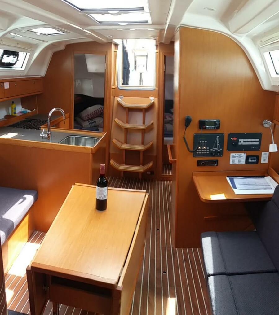 Bavaria 37 Cruiser (Nora)  - 4
