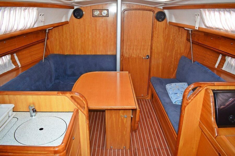 Bavaria 33 Cruiser (Pomena)  - 4