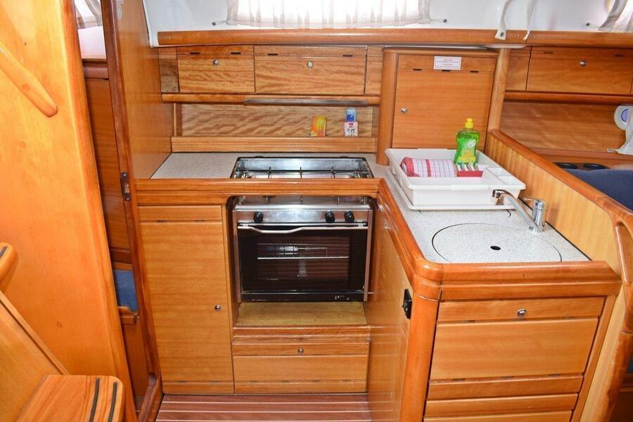 Bavaria 33 Cruiser (Pomena)  - 7