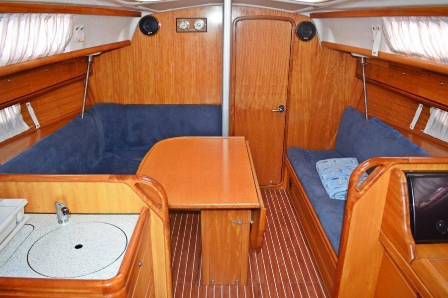 Bavaria 33 Cruiser (Ropa)  - 4