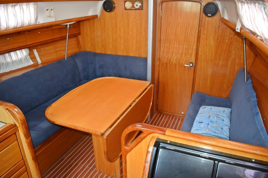 Bavaria 33 Cruiser (Ropa)  - 5