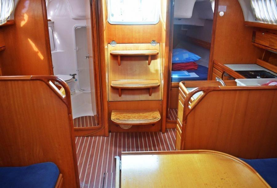 Bavaria 33 Cruiser (Ropa)  - 6