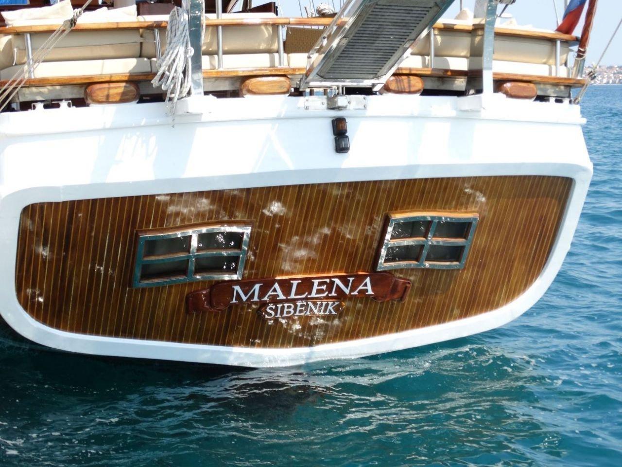 Malena (Malena)  - 7