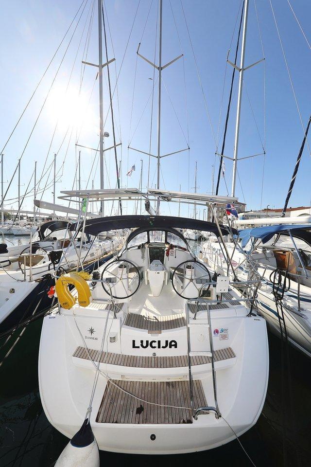 Sun Odyssey 39i (Lucija)  - 2