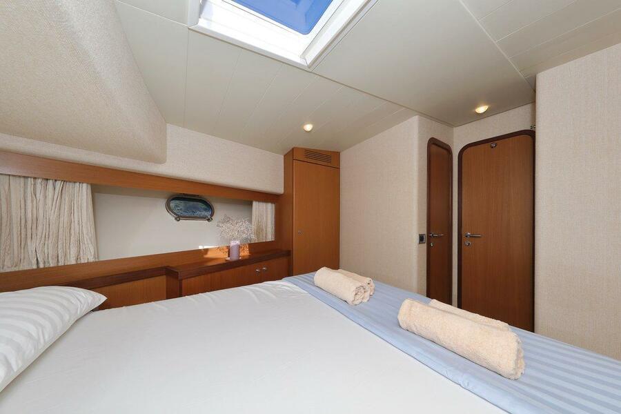 Ferretti Yachts 681 (Dominique)  - 25