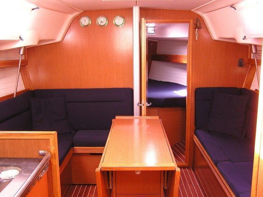 Bavaria 35 Cruiser (Alba)  - 3