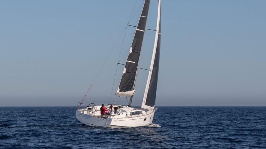 Oceanis 38.1 (Flip)  - 6