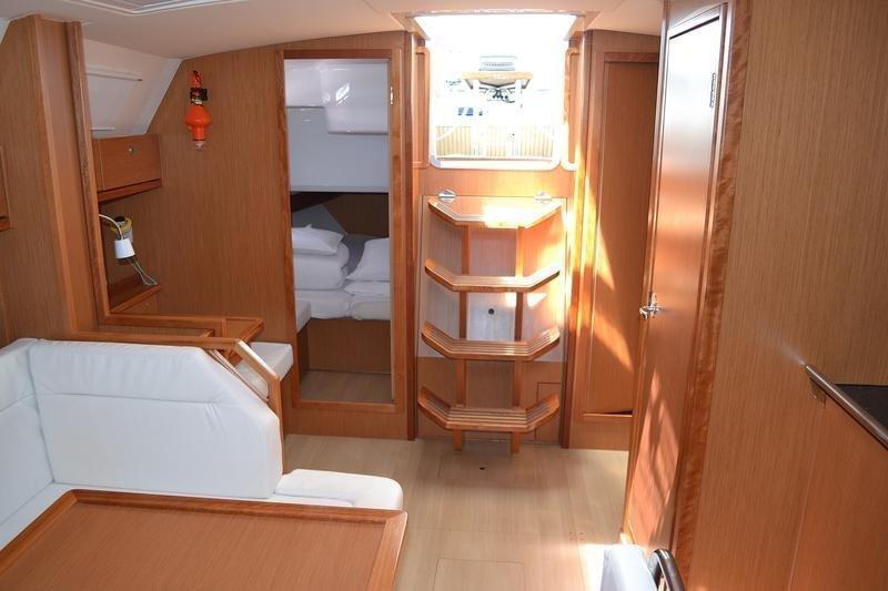 Bavaria Cruiser 40 (Manta)  - 8