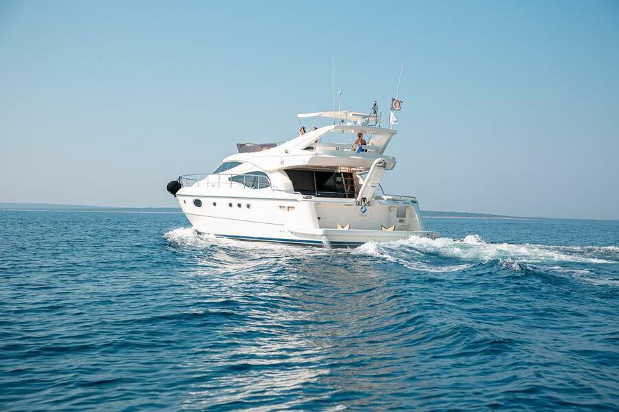 Ferretti Yachts 590 (Rogue)  - 0