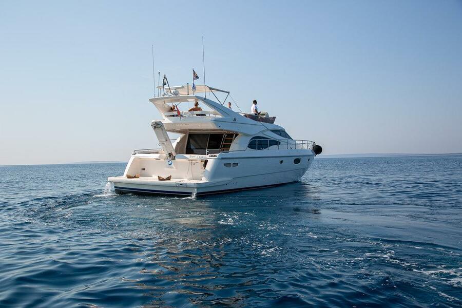 Ferretti Yachts 590 (Rogue)  - 3