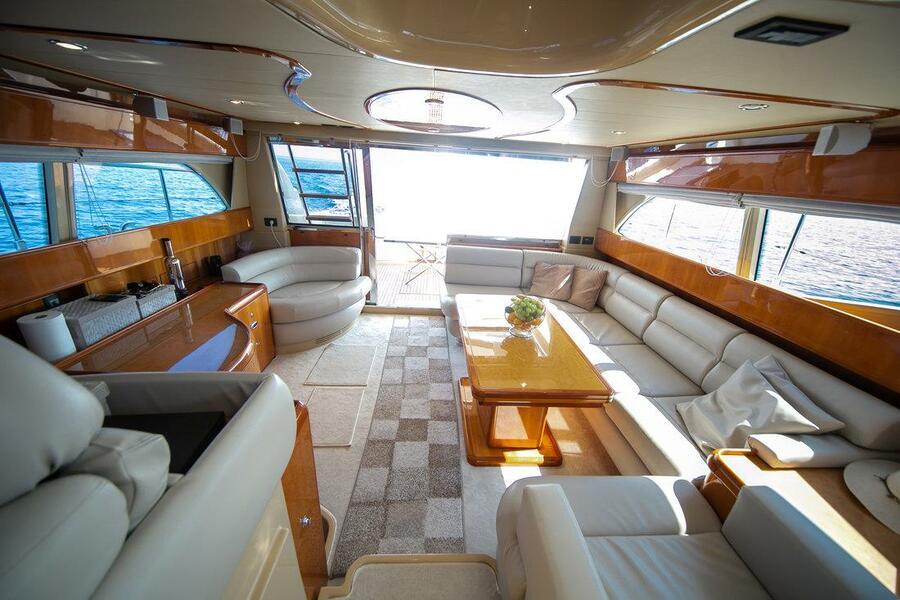 Ferretti Yachts 590 (Rogue)  - 20