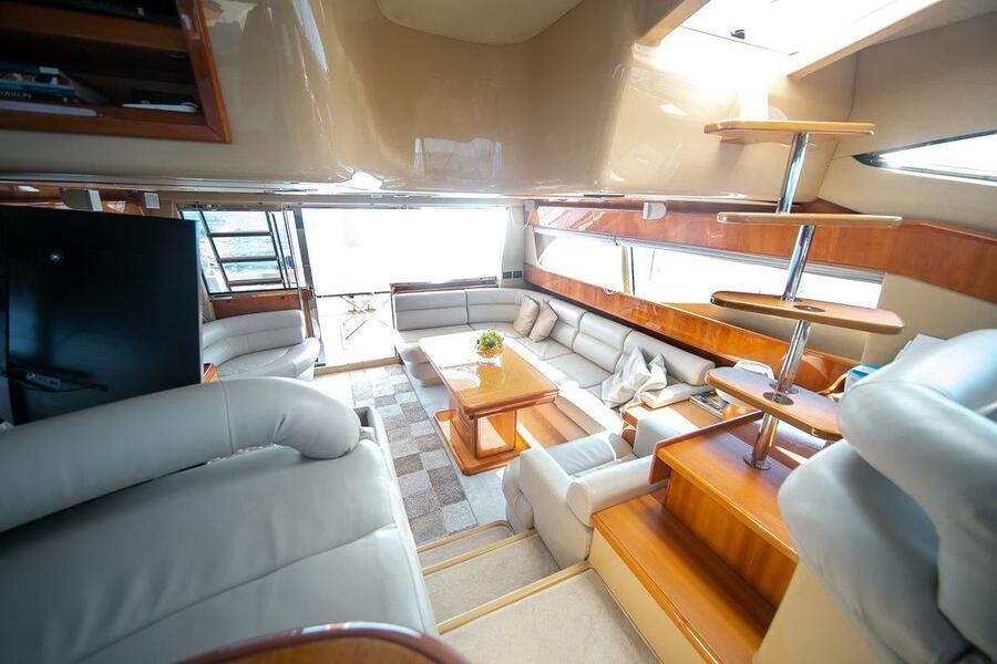 Ferretti Yachts 590 (Rogue)  - 21
