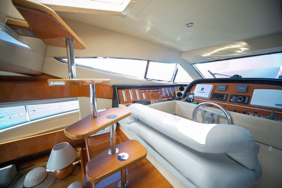Ferretti Yachts 590 (Rogue)  - 22