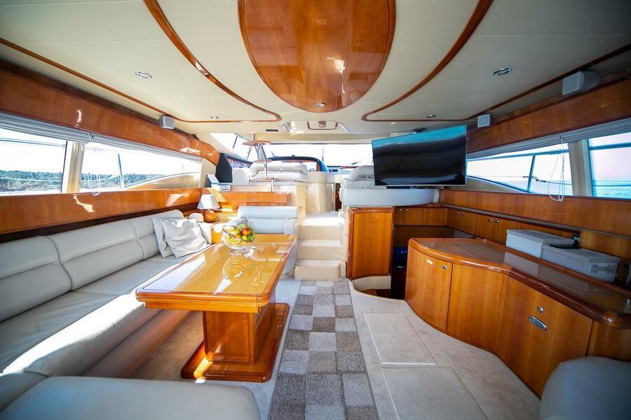 Ferretti Yachts 590 (Rogue)  - 23