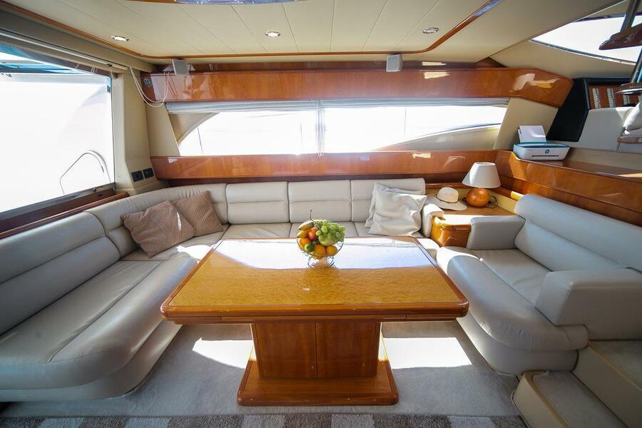Ferretti Yachts 590 (Rogue)  - 24