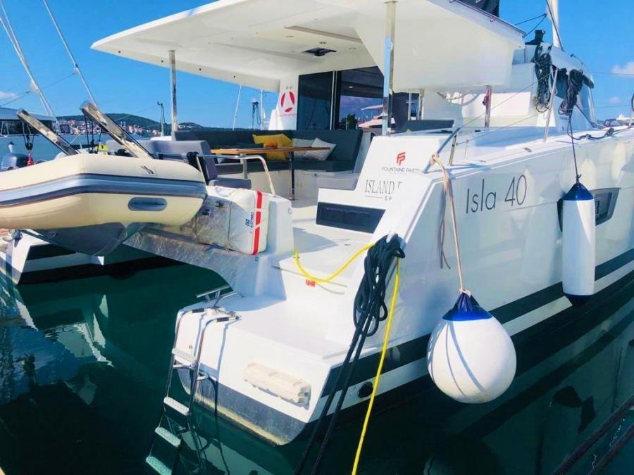 Fountaine Pajot Isla 40 - 3 cab. (Island Escape with AC and generator)  - 2