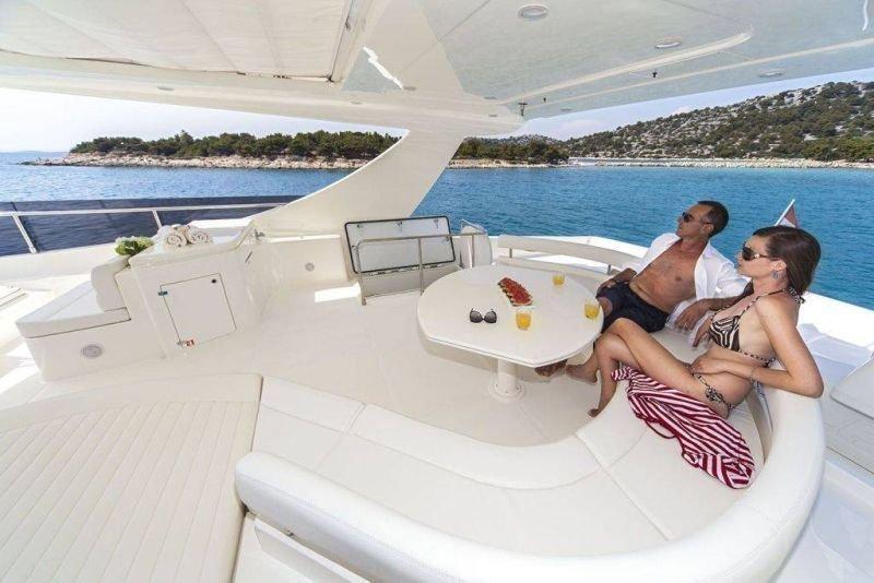 Ferretti Yachts 780 HT (Orlando L)  - 2