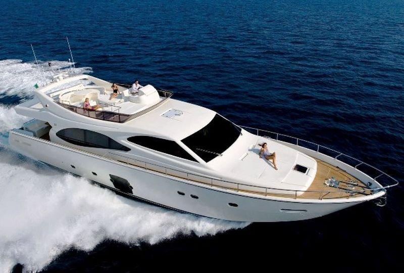 Ferretti Yachts 780 HT (Orlando L)  - 4