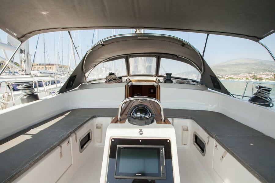 Bavaria Cruiser 51 (Game Point)  - 14