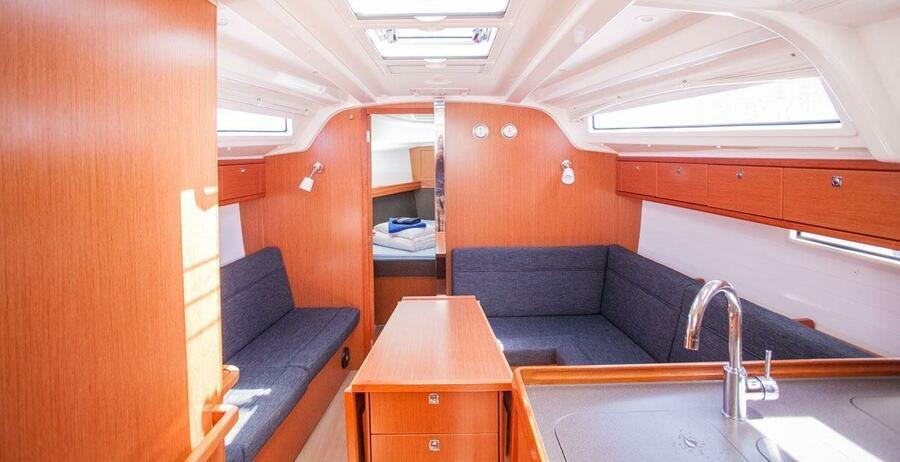 Bavaria Cruiser 37 - 3 cab. (Happy Point)  - 5
