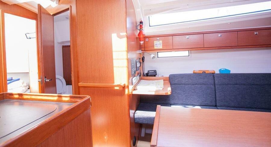 Bavaria Cruiser 37 - 3 cab. (Happy Point)  - 7
