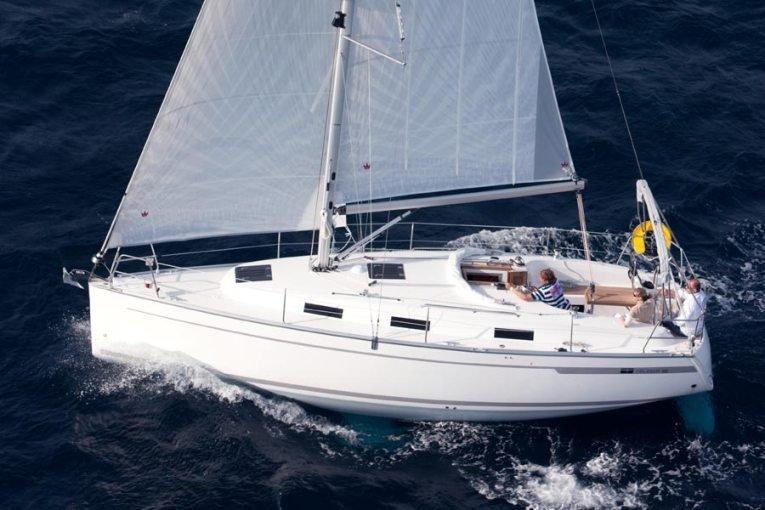 Bavaria Cruiser 32 (Lucky Point)  - 2