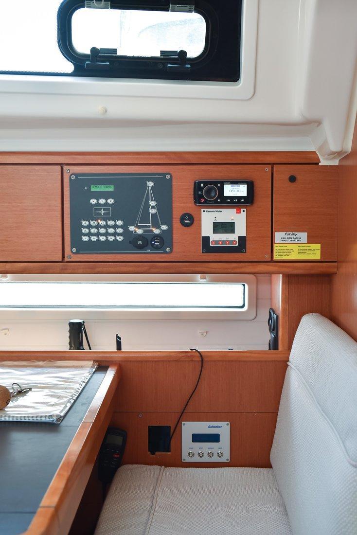 Bavaria Cruiser 56 - 5 + 1 cab. (Fat Boy)  - 1
