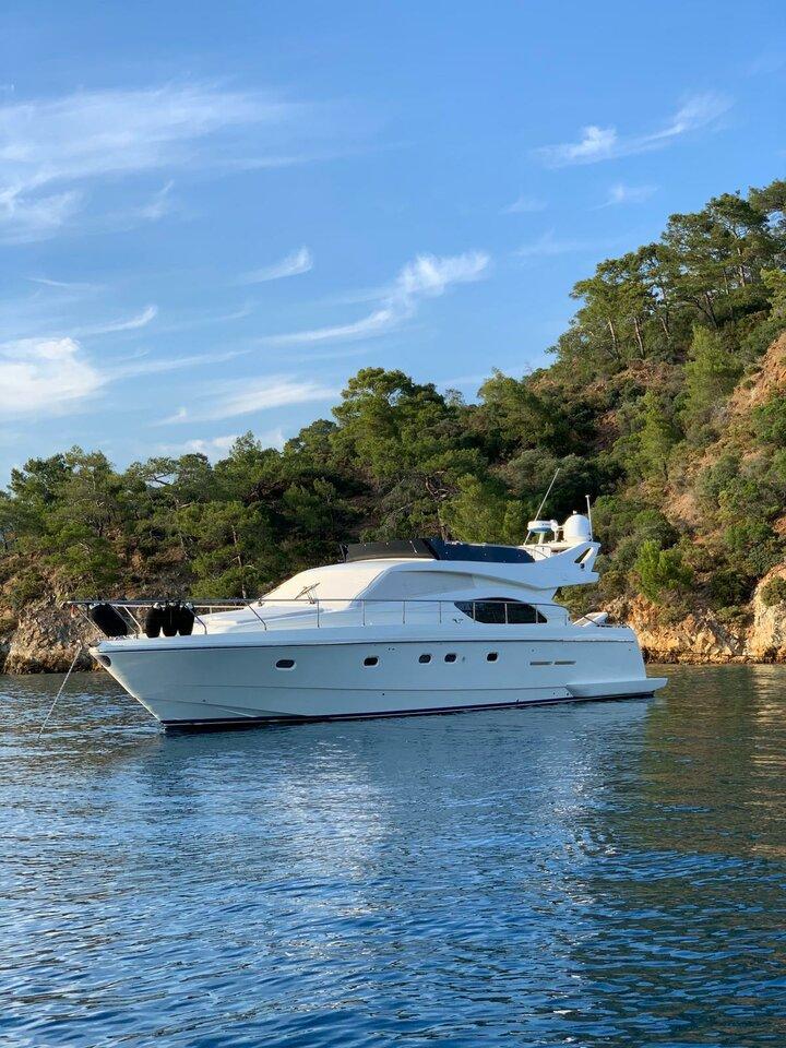 Ferretti Yachts 53 (Parpalii)  - 1