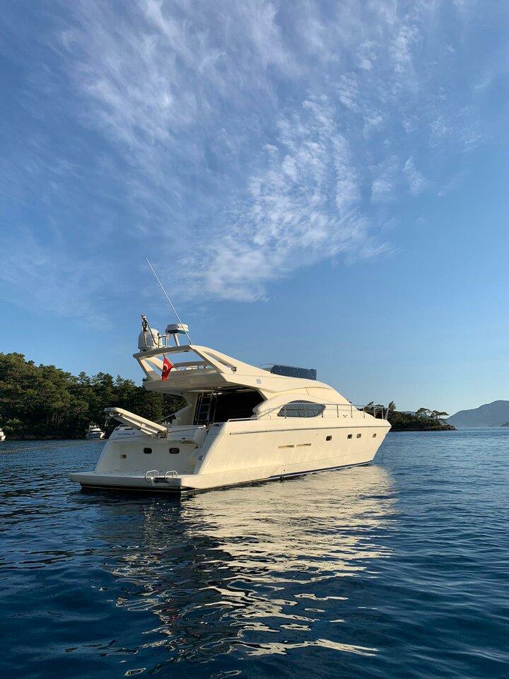 Ferretti Yachts 53 (Parpalii)  - 2