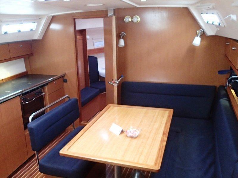Bavaria 40 Cruiser (Mojito)  - 2
