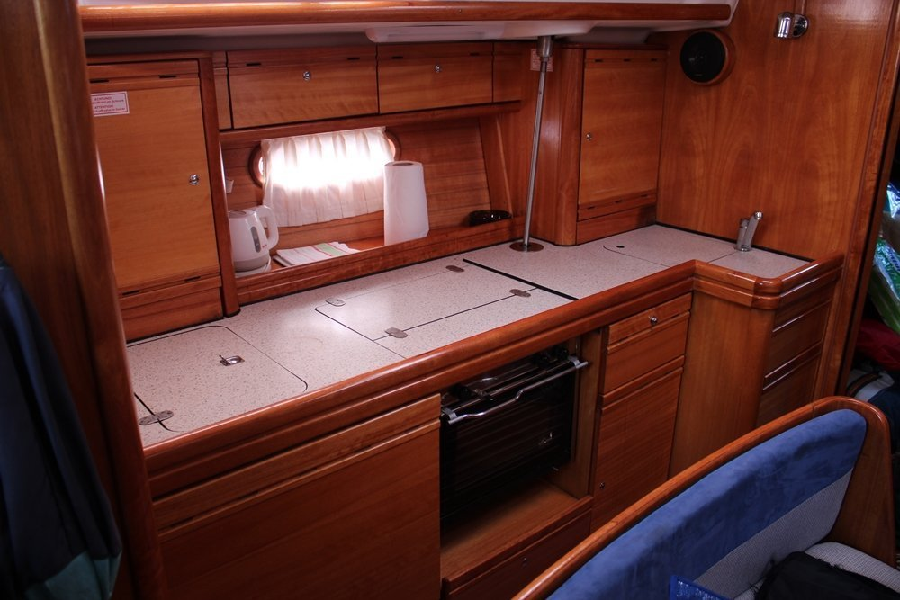 Bavaria 39 Cruiser (Aurora )  - 3
