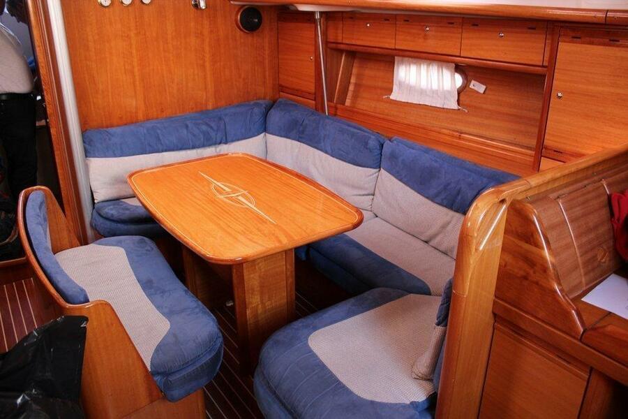 Bavaria 39 Cruiser (Aurora )  - 4