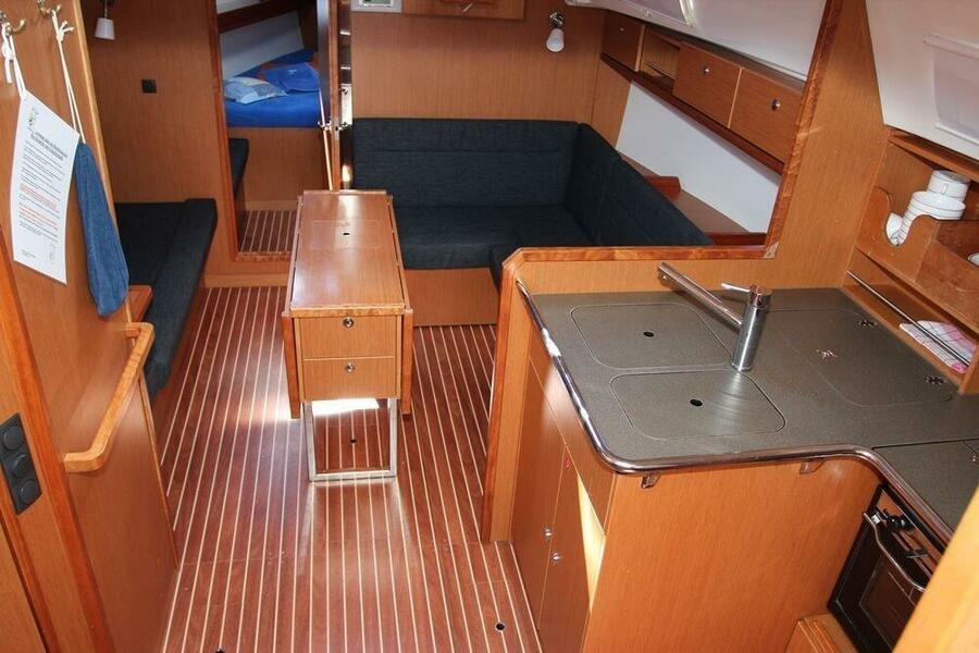 Bavaria Cruiser 36 (Ajda)  - 4