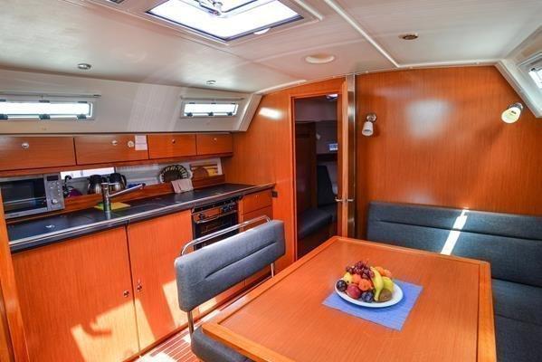 Bavaria Cruiser 40 (Mayla)  - 8