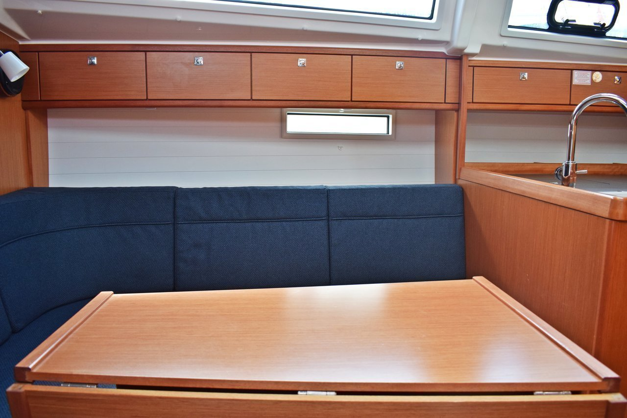 Bavaria Cruiser 37 - 3 cab. (Zaklopatica)  - 9