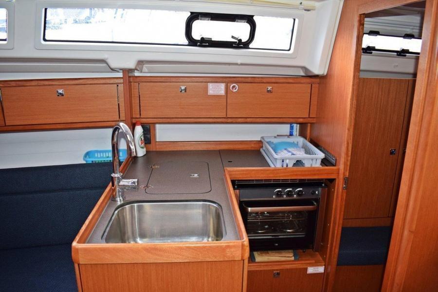 Bavaria Cruiser 33 (Stončica)  - 8