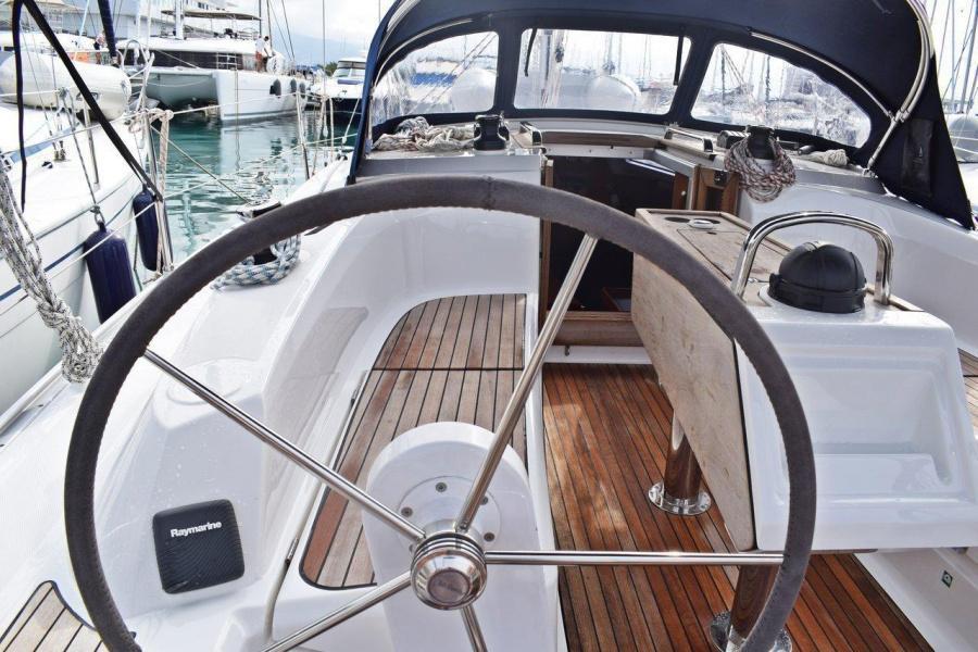 Bavaria Cruiser 34 (Studena)  - 5
