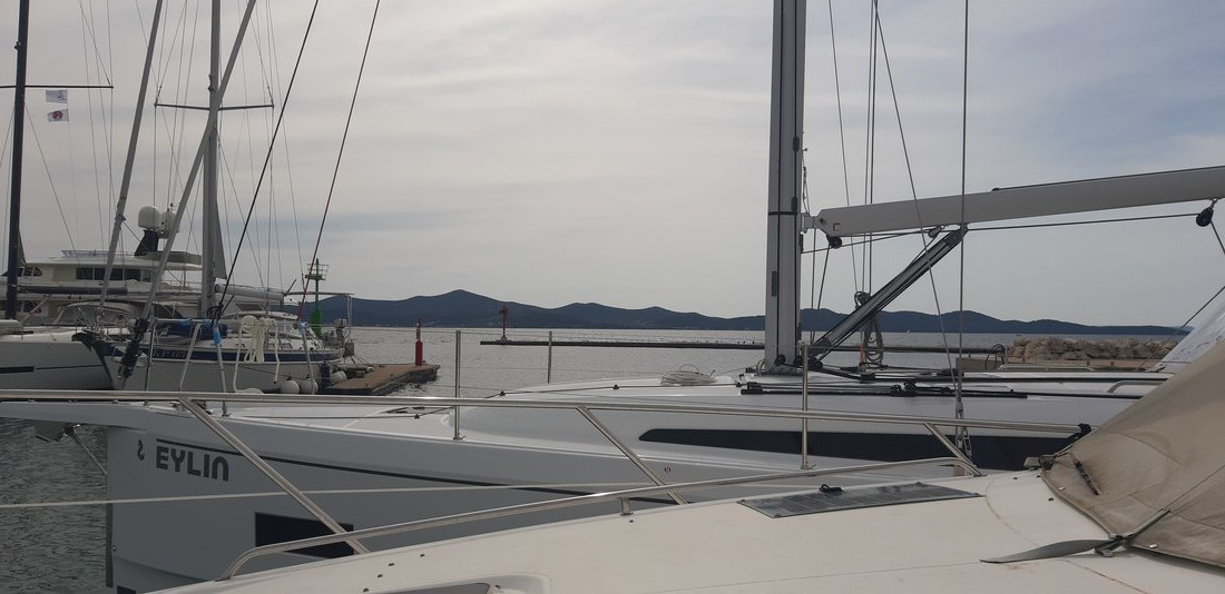 Oceanis 40.1 - 3 cab. (Eylin with A/C and generator)  - 6