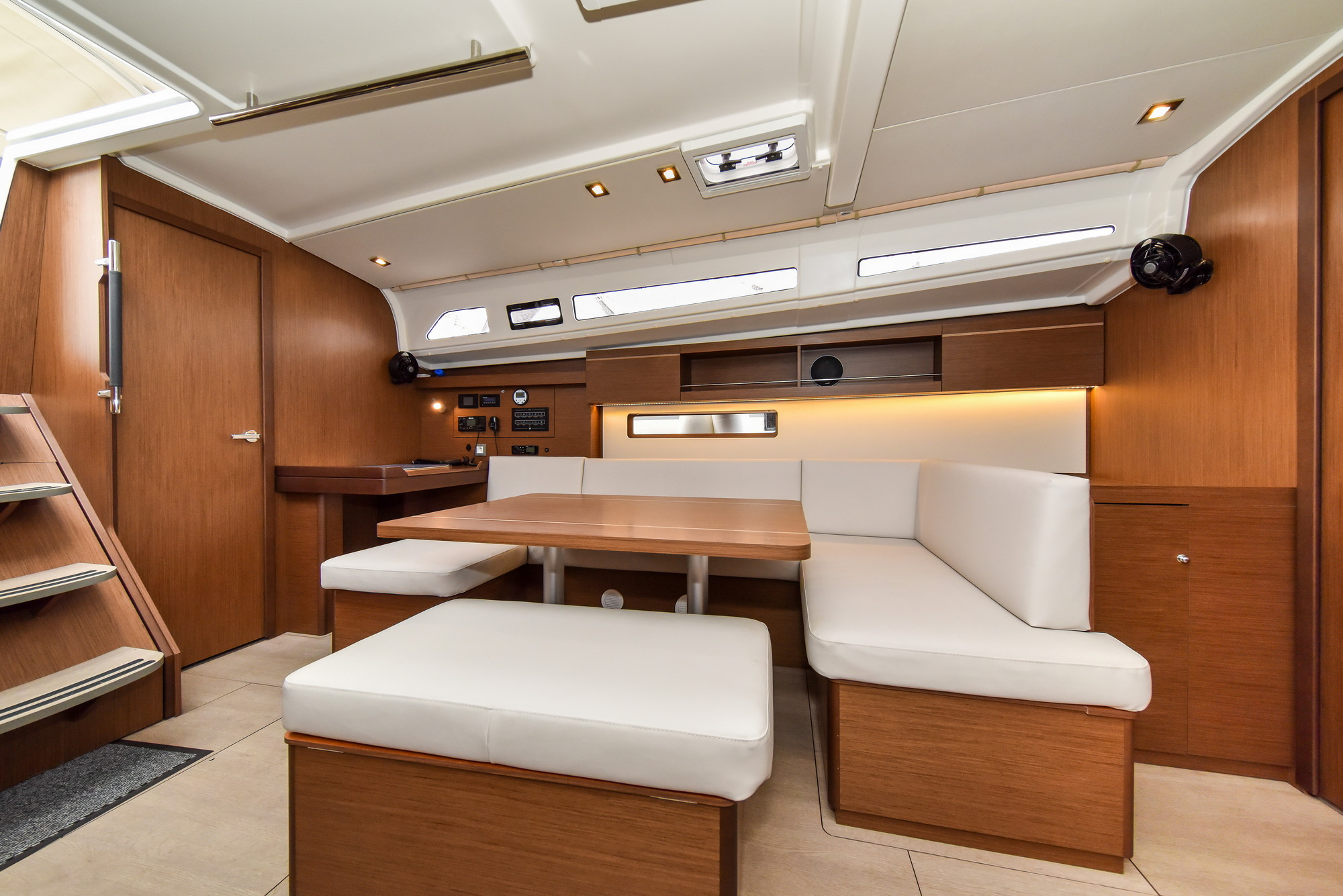 Oceanis 40.1 - 3 cab. (Eylin with A/C and generator)  - 18