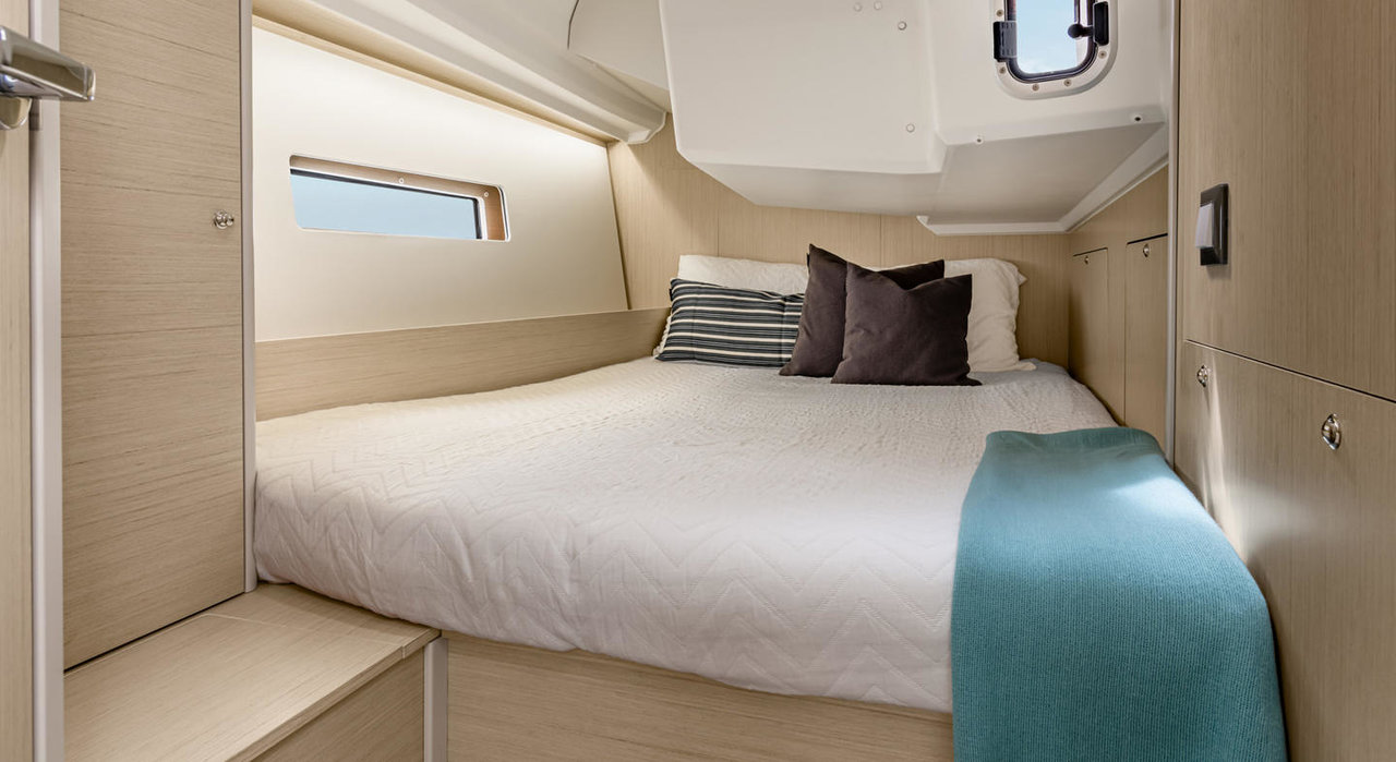 Oceanis 40.1 - 3 cab. (Eylin with A/C and generator)  - 22