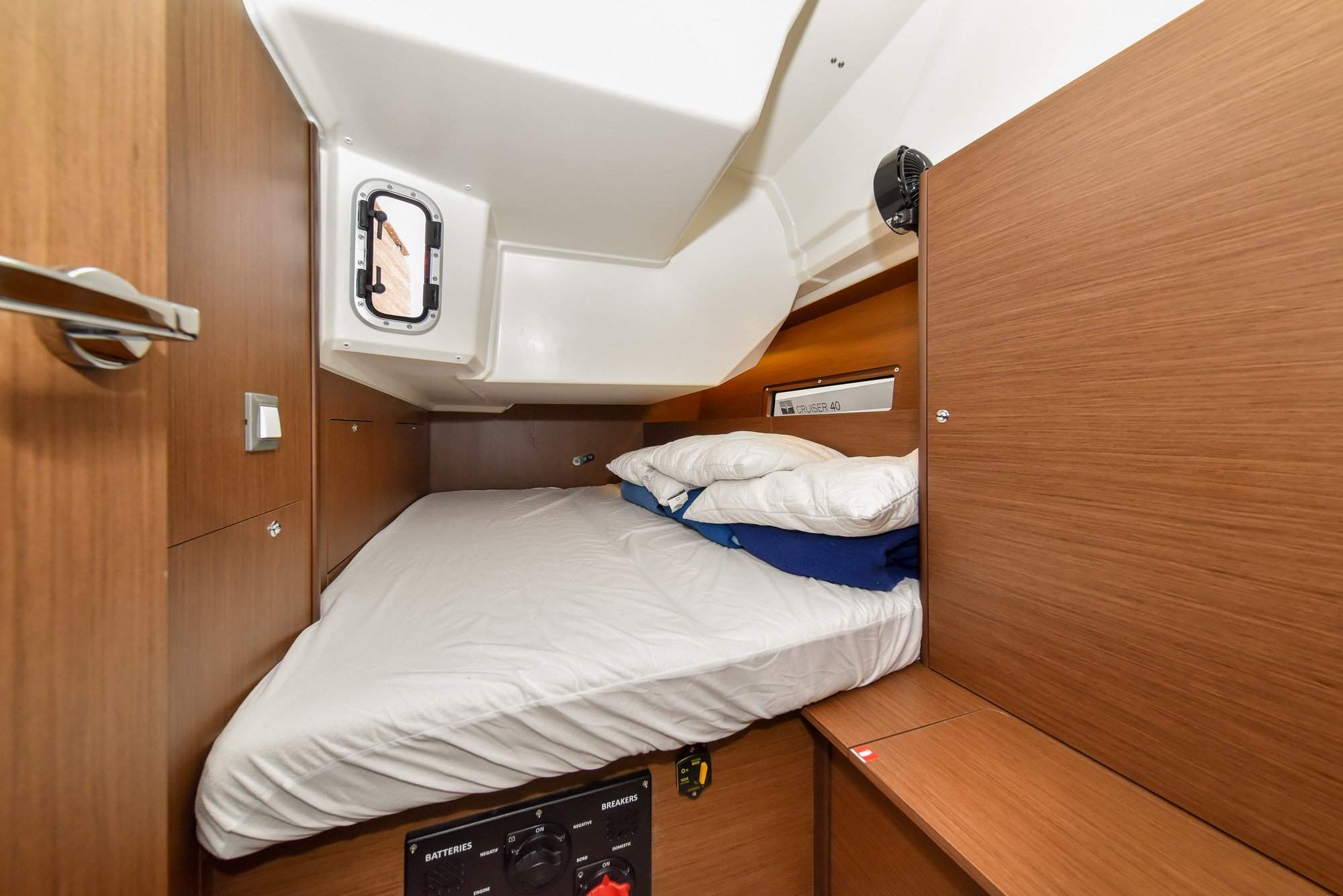 Oceanis 40.1 - 3 cab. (Eylin with A/C and generator)  - 25